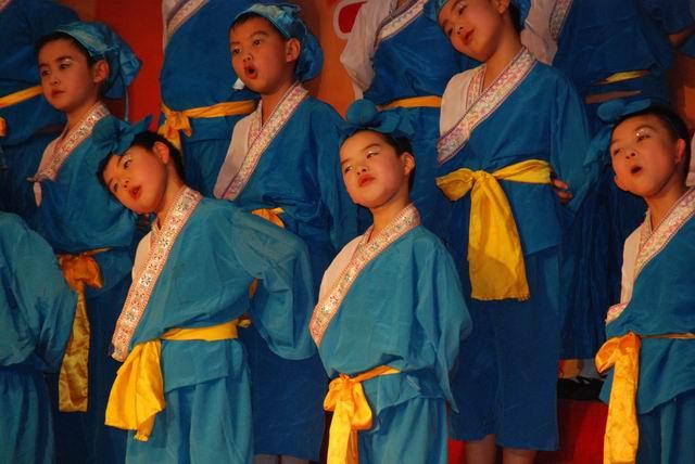红五月的歌声 - 未来星中队 - 巴蜀未来星